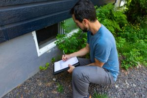 What are the key pros of a pre-listing home inspection
